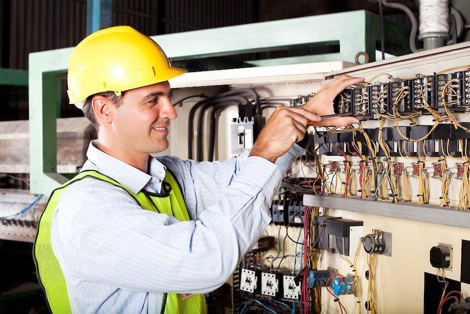 Робота в Обухові: потрібен інженер-енергетик