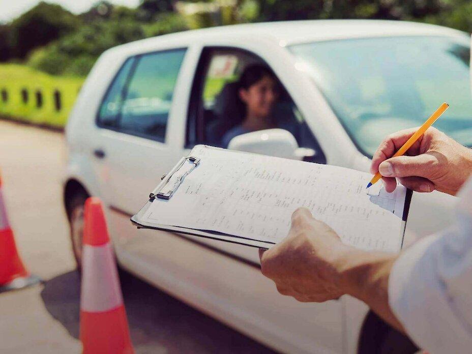 Іспити на отримання водійських прав складатимуть по-новому
